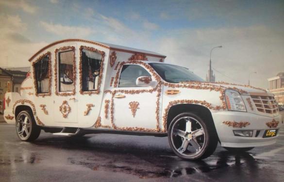 Лимузин Cadillac карета
