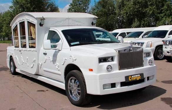 Лимузин Chrysler карета