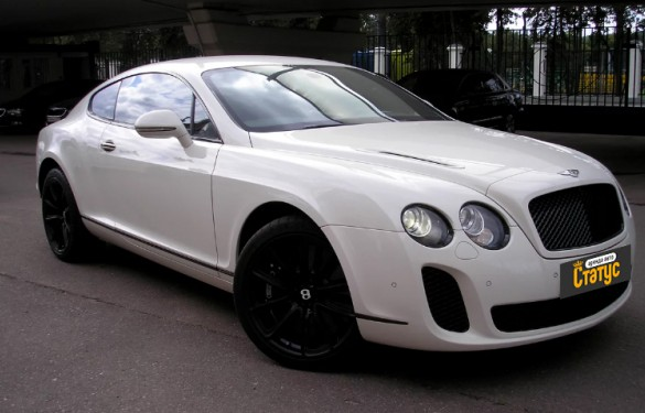 Спорткар Bentley Continental Flying Spur (666)