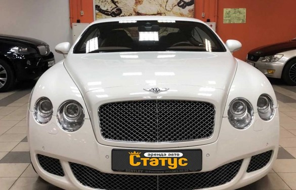 Спорткар Bentley Continental
