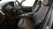 BMW X5 - фото сбоку